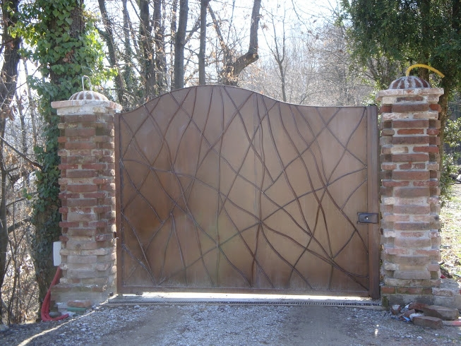 Cancello In Ferro Moderno.Cancello In Ferro Moderno Piemonte Aprisystem Aprisystem