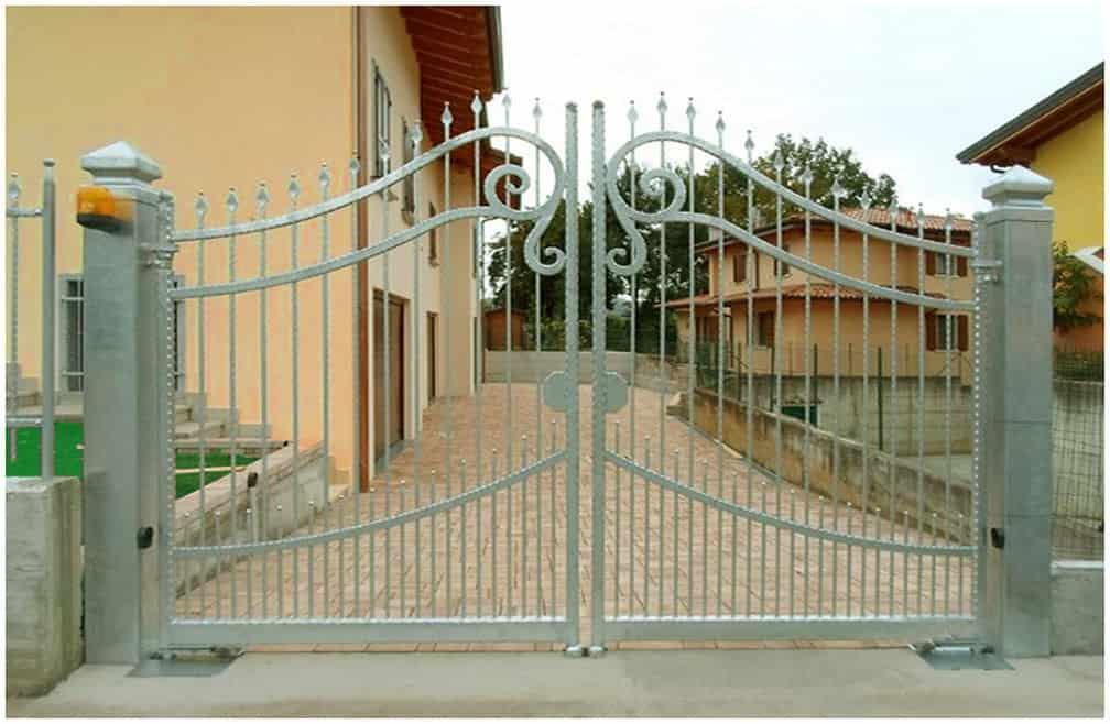Esempio di Cancello automatico Cuneo con automazione incassata